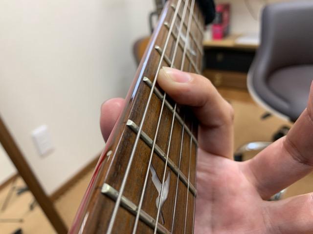 エレキギター左手