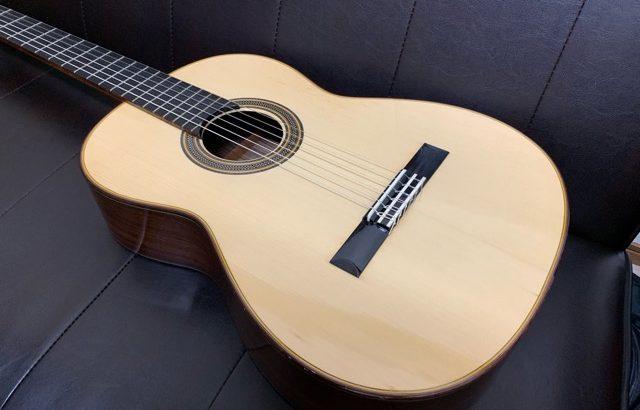 初心者、中級者向けクラシックギター、松岡良治